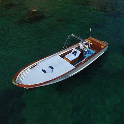 Capri Boats - Simple tradition and style